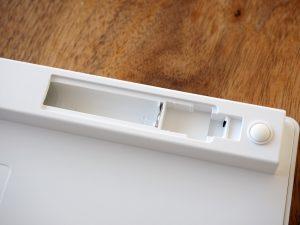 電池ボックス。単四電池が2本必要です。製品には付属してないのでちゃんと買ってきましょう。