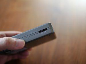 旧Power Plusは使用するためのスイッチが横についていました。