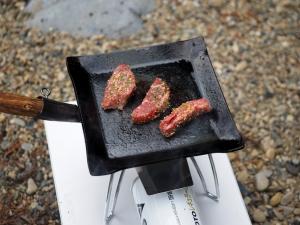 フライアンでお肉を焼いてみた