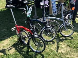 折りたたみ式自転車の試乗もありました。値段先に聞いて乗るの止めましたが(笑)