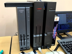 「X68000 XVI Compact」と、憧れの「X68030」。両方とも実機を初めて見ました!