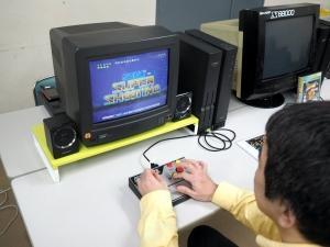 オリジナルシューティングゲーム「SEGA SUPER SHOOTING」。音楽がイカス!