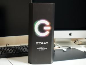 ZONeの箱。6本入りです。なんか異様にかっこいい。