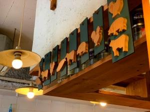 店内の装飾もオシャレ。お客さんいっぱいだったので座席の方は撮影しませんでした。